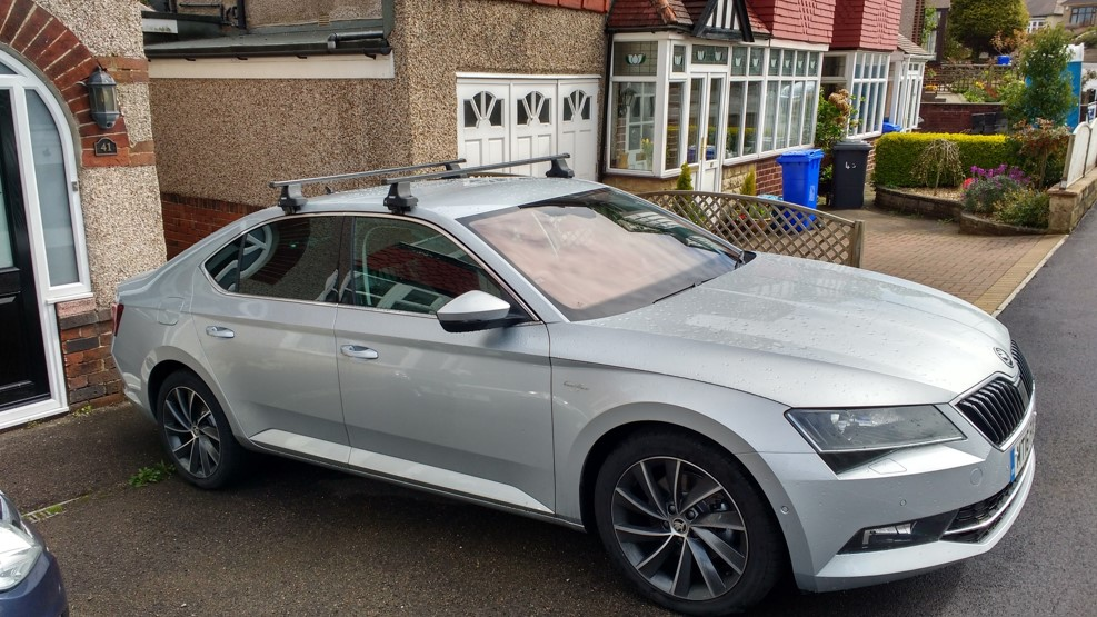 Skoda Superb 2016 Roof Bars 12 300 About Roof