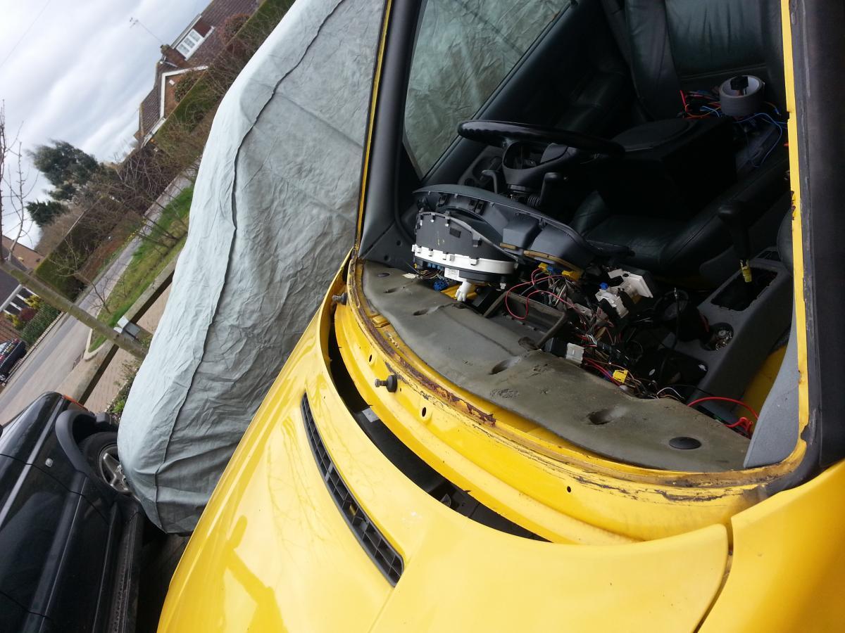 Skoda Fabia 1 4 Fuse Box Layout Electrical Wiring Diagram Felicia Mins M11 Ecm Nissan Interior Combi
