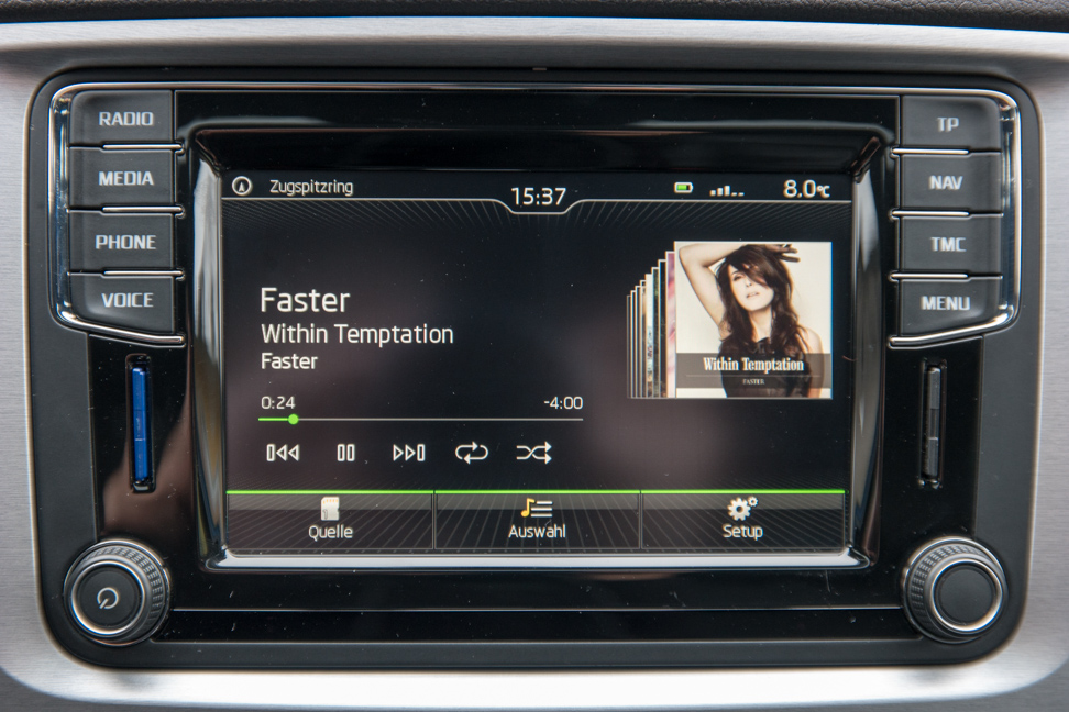 Amundsen MIB STD2 infotainment system with Android in Superb