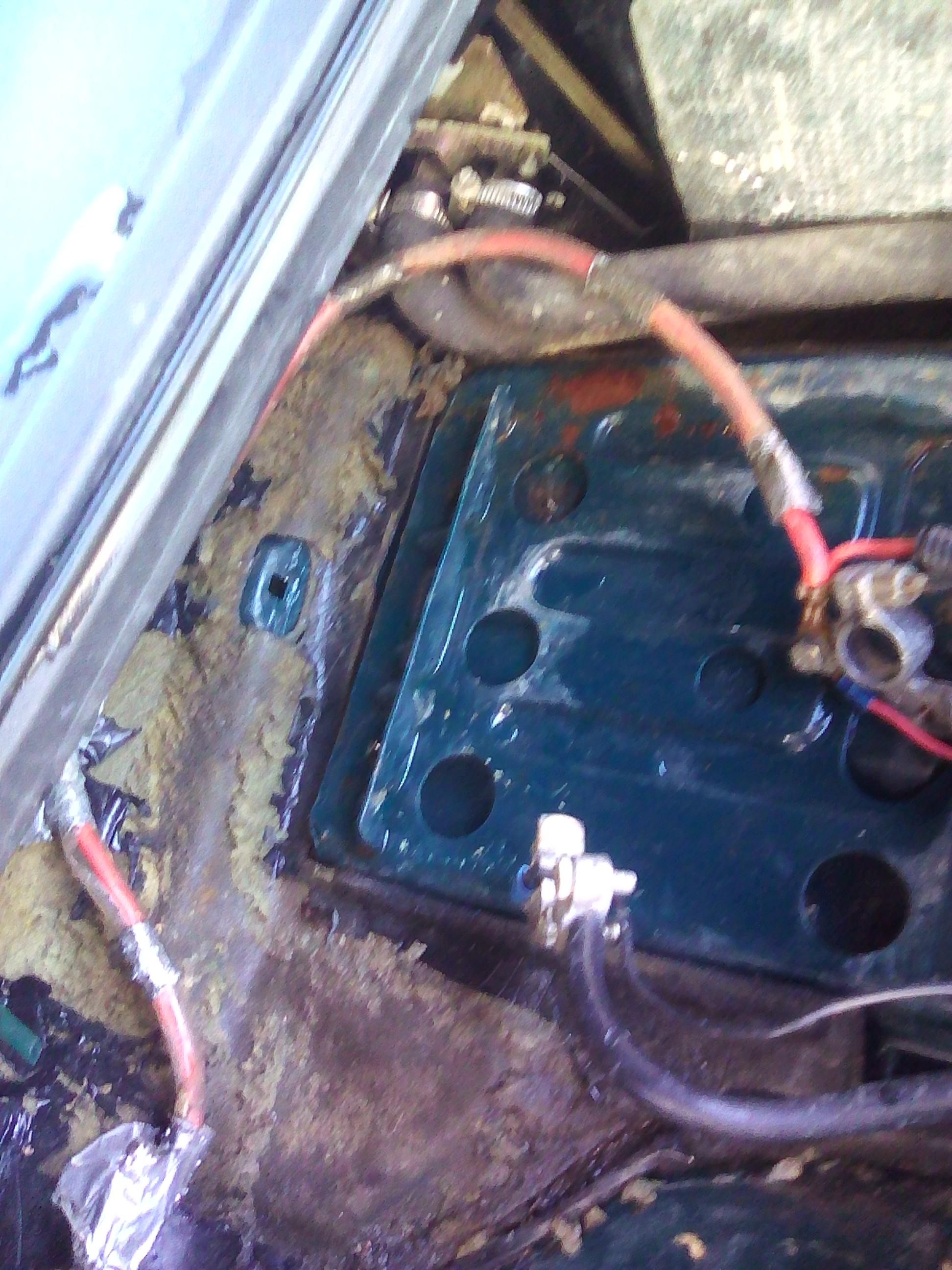 Felicia Pick Up Water Leak Behind Glove Box Classic Skoda Projects Fuse Img 20170425 094030