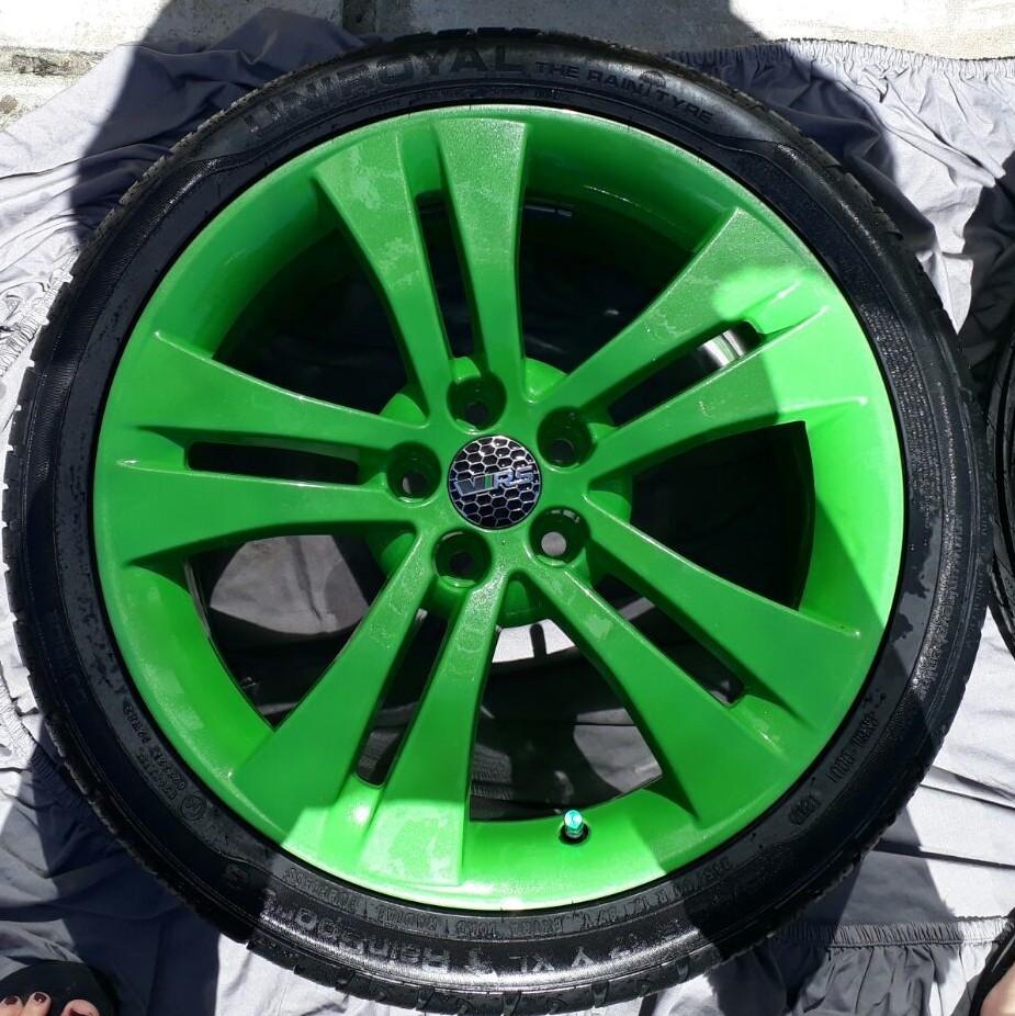 Rallye Green Powder Coat Equivalent - Skoda Fabia Mk II ...