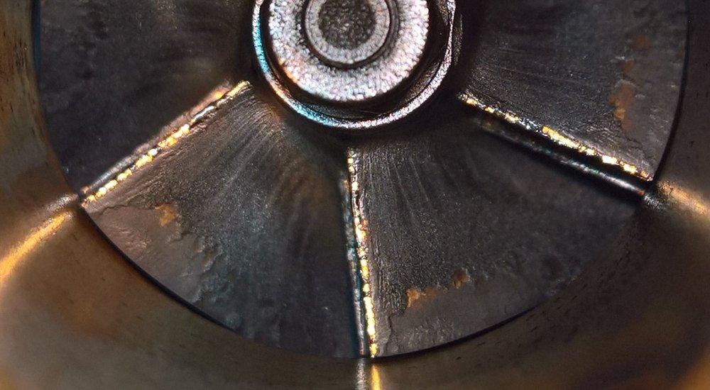 Closeup_compressor.thumb.jpg.c604cd5805b6ba4ed41704b821127099.jpg