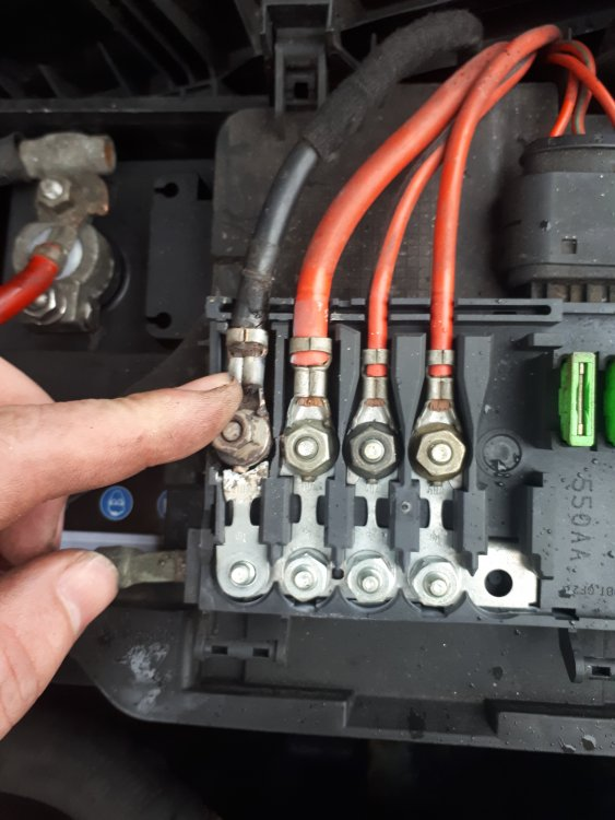 Battery Fuse Help - Skoda Octavia Mk I