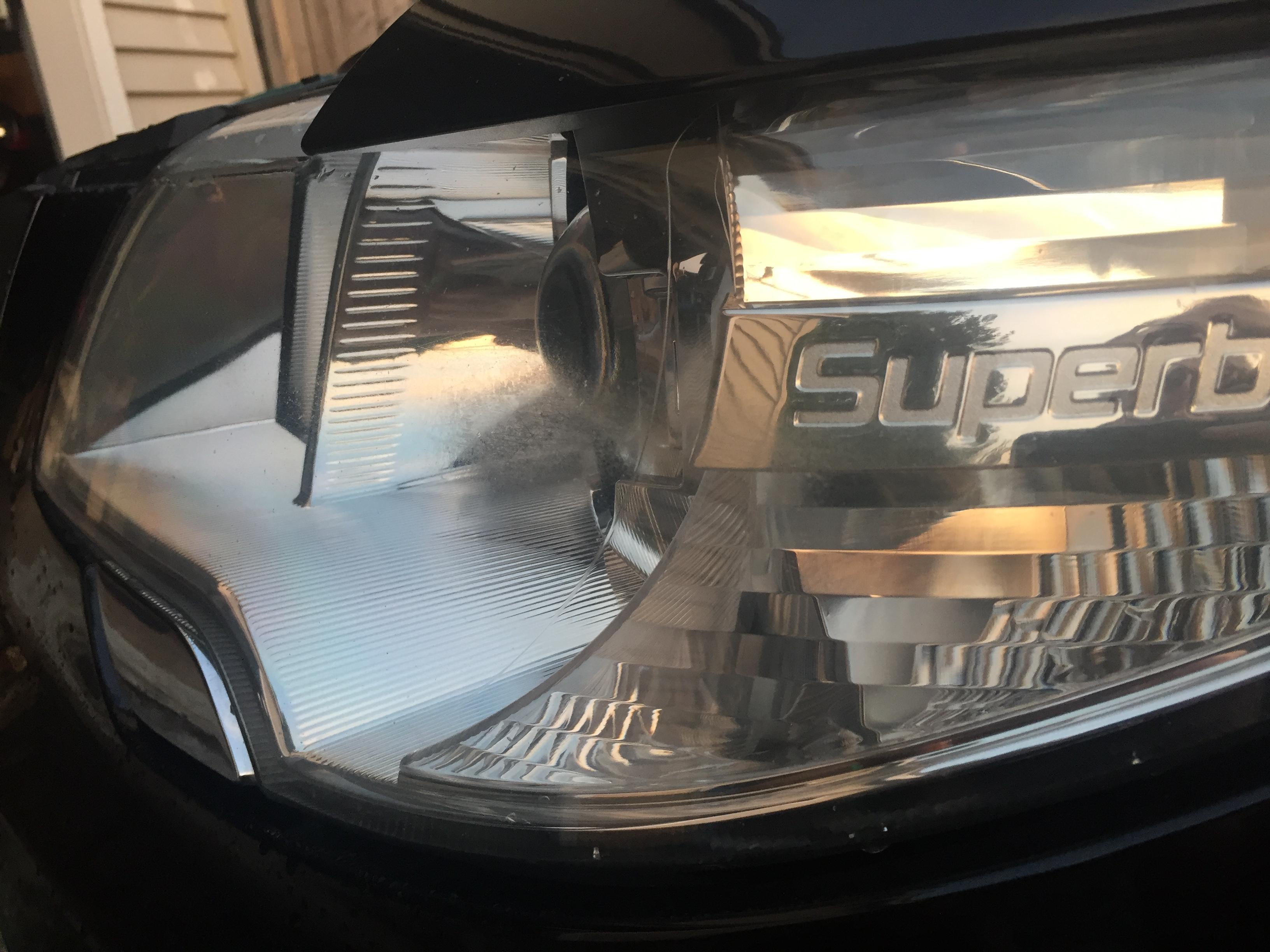 Headlight lens fading/degrading - Skoda Superb Mk II - BRISKODA