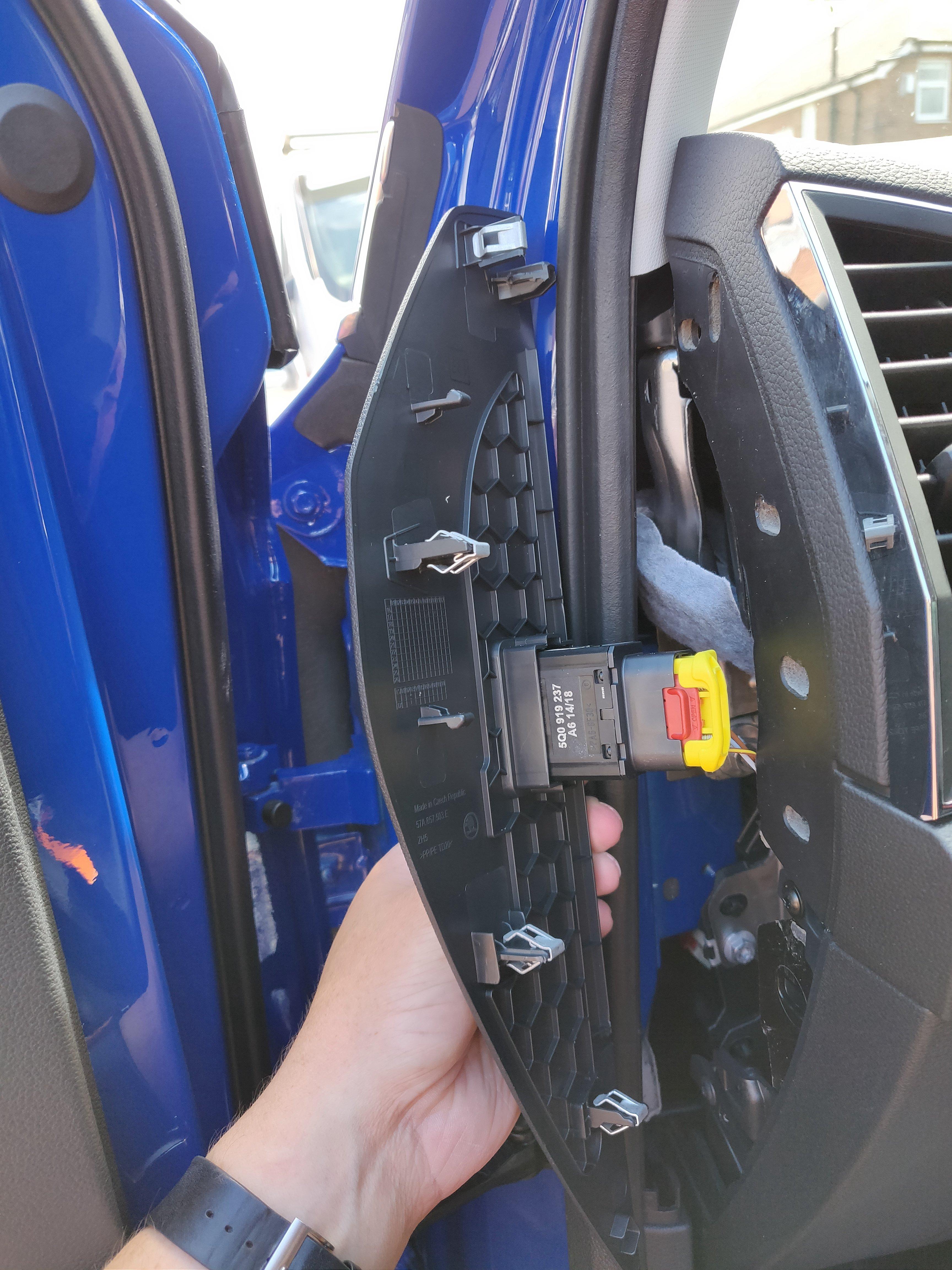 Dashcam Switched Power Skoda Karoq Guides Briskoda Yeti Fuse Box Img 20180708 140100